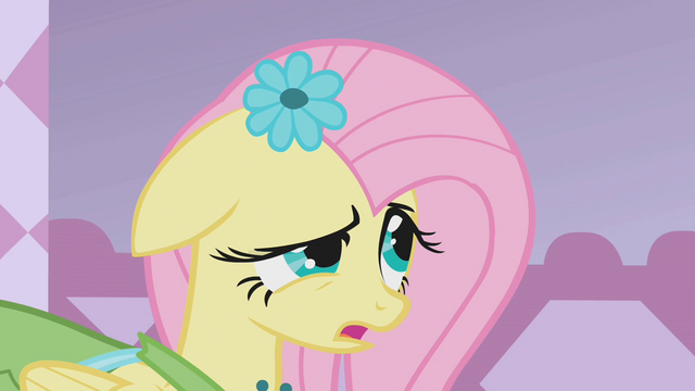 File:Fluttershy looks at Rarity S1E14.png