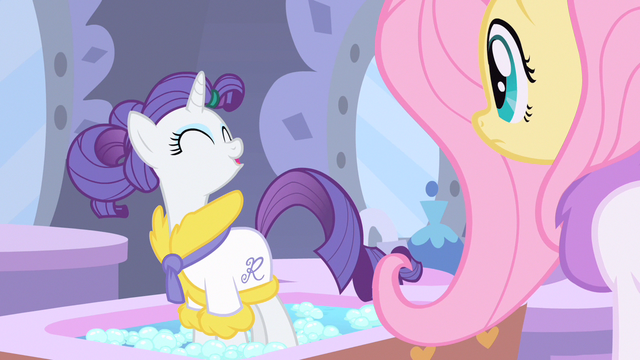 File:Rarity thankful S1E20.png