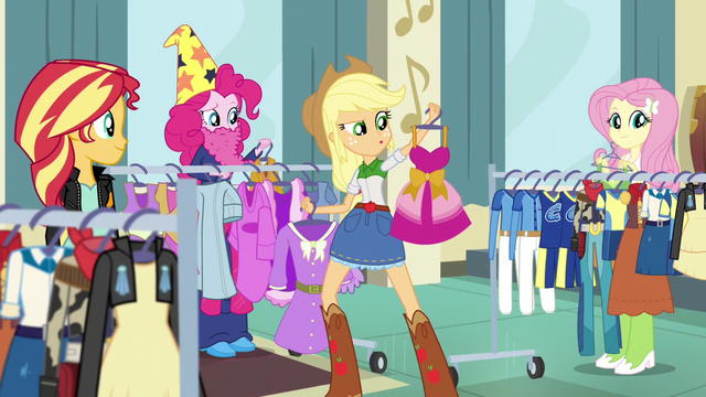 File:Pinkie dressed like an old wizard EG3.png