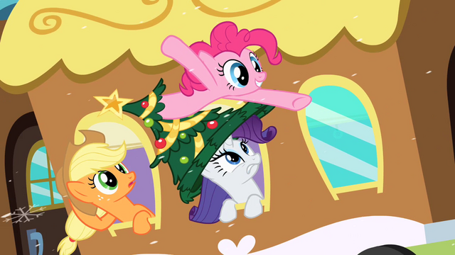 File:Pinkie Pie in my hat S2E11.png