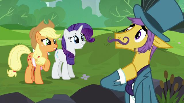File:Applejack asks business pony for help S5E16.png