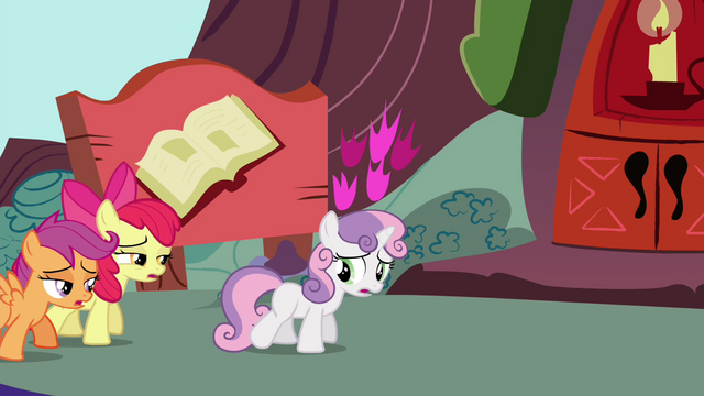 File:Cutie Mark Crusaders out of breath S4E15.png