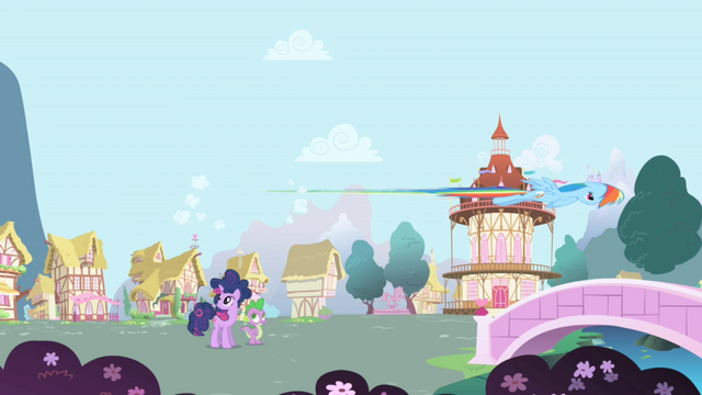 File:Rainbow Dash flies by S1E01.png