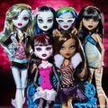 Diorama - group photo of Original Ghouls.jpg
