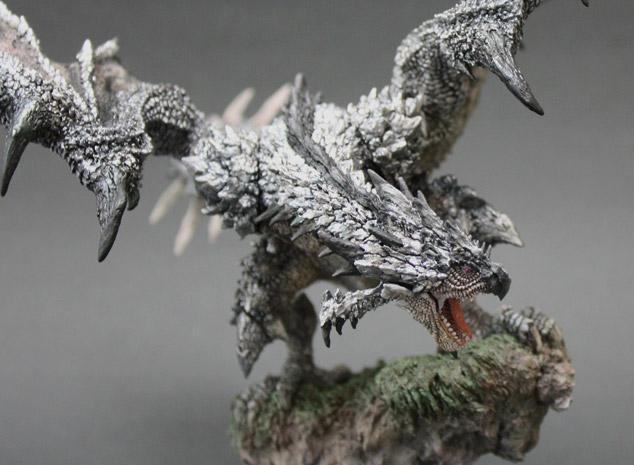 File:Capcom Figure Builder Creator's Model Silver Rathalos 003.jpg