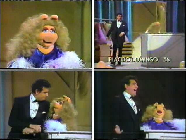 File:MissPiggy&PlacidoDomingo-1982.jpg