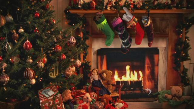 File:Stockingstuffersmorgasbordmenu.jpg