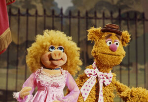 Annie Sue and Fozzie Bear