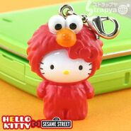 Strapya 2011 mascot hello kitty plastic large elmo japan
