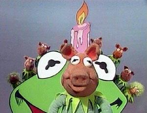 File:Kermit-pigs.jpg