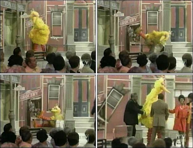 File:TheFlipWilsonShow-5-TheMuppets,LorettaLong1970-03-06.jpg