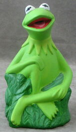 Giftco kermit ceramic bank 1