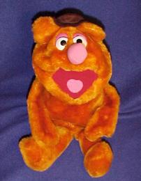 Dakin 1981 fozzie hand puppet 1