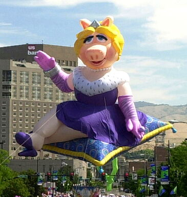 File:Muppet-piggy.jpg