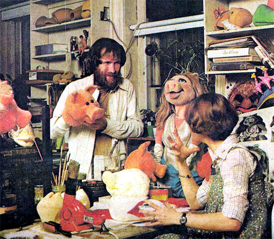 File:Making pigs.jpg