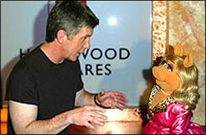 HollywoodSquares-Bergeron-Piggy-(2003-05-12)