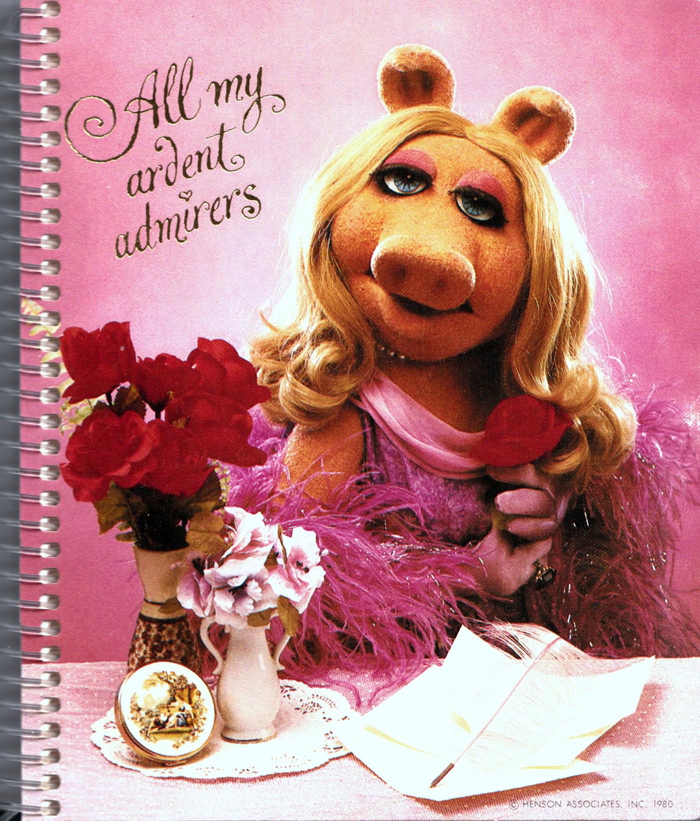 The Divine Miss Piggy Desk Set Muppet Wiki Fandom
