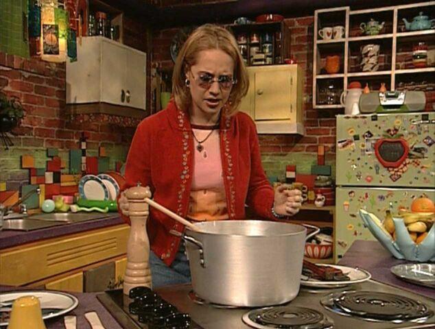 File:Sesame-English-Vegetable-Soup-veggie-soup.jpg