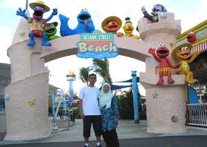 Sesame-street-beach-1