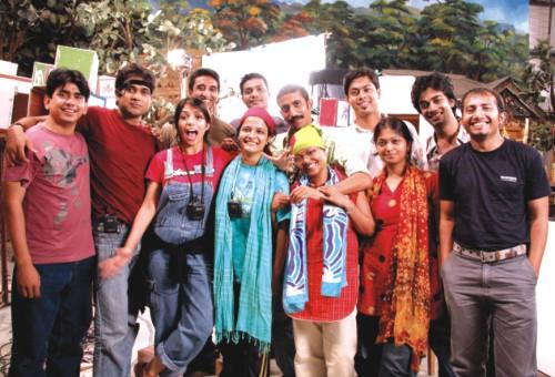 File:Sisimpur-puppeteers.jpg