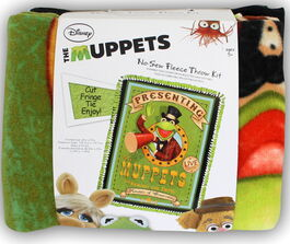 Muppets no-sew fleece blanket kit kermit