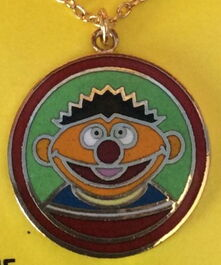 Femic necklace ernie pendant