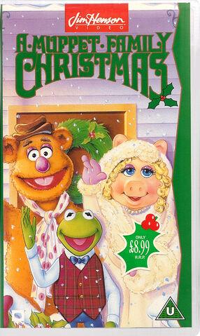 File:AMuppetFamilyChristmas-VHS-UK-1994.jpg