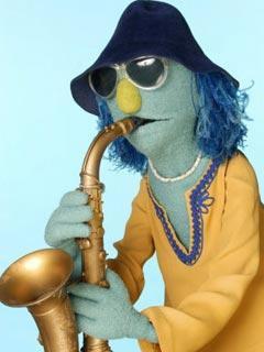 File:TF1-MuppetsTV-PhotoGallery-26-ZootLeSaxophonisteDuElectricMayhemBand.jpg