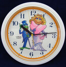 Lorus wall clock kermit piggy 2