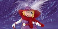 Miss Piggy's Hats Off to Moi Figurine Collection