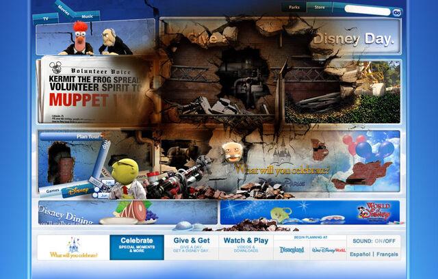 File:Disneyparksgive.com-21.jpg