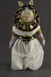 Famous Femmes du Histoire Cleopatra 02 front