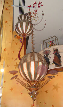 Great Hot Air Balloon Circus - Disney Store Dec 2006 - full view