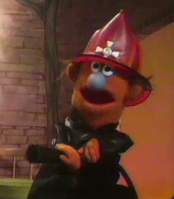 File:Kingfireman-fireman.jpg