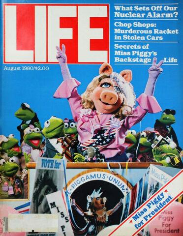 File:Miss-piggy-life.jpg
