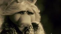 Miss Piggy Adele Hello spoof 13