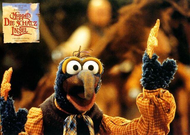 File:Muppets-DieSchatzinsel-LobbyCard-011.jpg