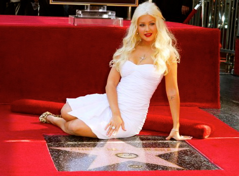 File:Full Christina Aguilera star 023 wenn5572335-500x364.jpg