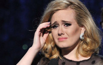 File:Adele sad 25.jpg