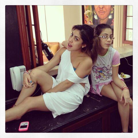 File:Brigitte Padilla And Her Sister.jpg