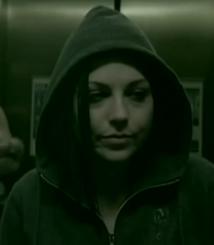 File:Amy Lee in a green hood.png