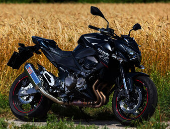 Kawasaki-z800-remus-okami 5