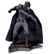 Batman-v-Superman-Dawn-of-Justice-statue-2