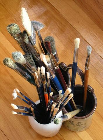 File:Brushes.jpg