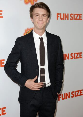 File:Thomas-mann-premiere-fun-size-05.jpg