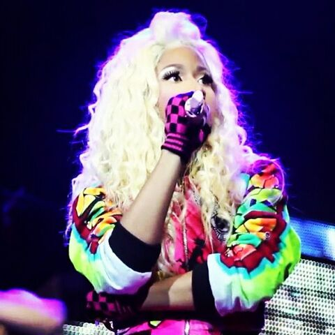 File:Nicki Minaj Pink Friday Tour3.jpg