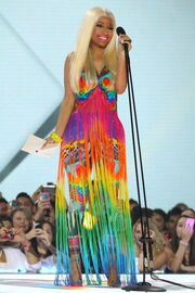Nicki-minaj-2012-aria-awards-australia12
