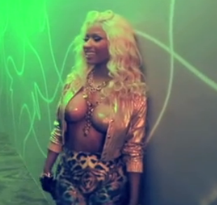 File:Nicki Minaj Freaks.png
