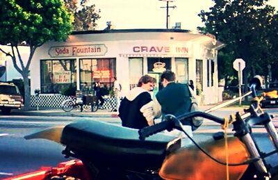 Crave Inn img
