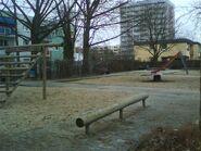 Spielplatz gegenüber Europaplatz 4